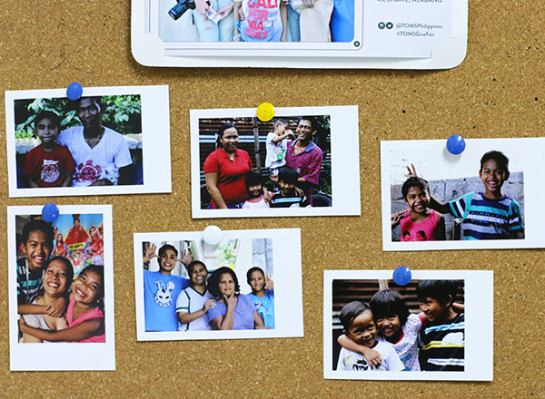 Pauline posted her favorite photos to a bulletin board.