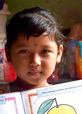 Sanskriti aprendió inglés básico gracias al programa de desarrollo infantil temprano de Children International.