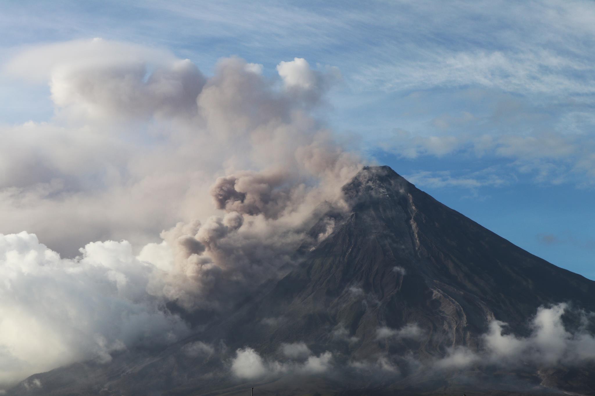 Philippine volcano erupts