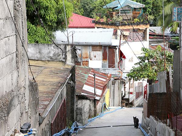 Sigue habiendo grandes deficiencias económicas e infraestructurales en las  Filipinas.