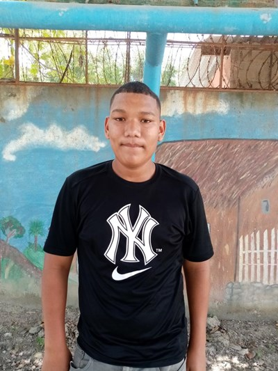 Help Wilmer Javier by becoming a child sponsor. Sponsoring a child is a rewarding and heartwarming experience.