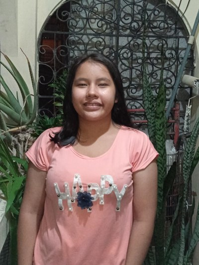 Help Xiomara Lisbeth by becoming a child sponsor. Sponsoring a child is a rewarding and heartwarming experience.