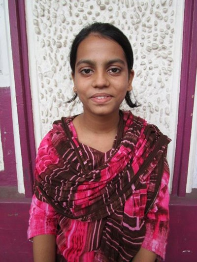 Help Firdous by becoming a child sponsor. Sponsoring a child is a rewarding and heartwarming experience.