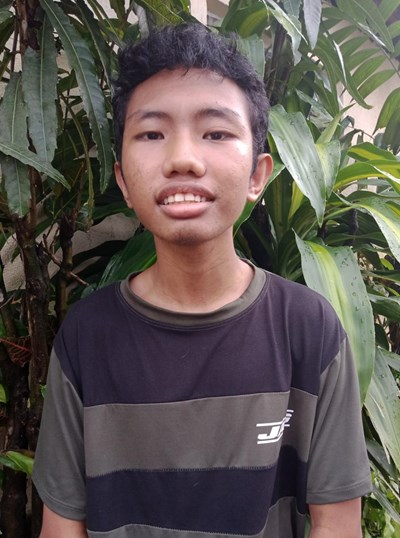 Help Mark Jun B. by becoming a child sponsor. Sponsoring a child is a rewarding and heartwarming experience.