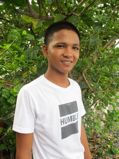 Help Marck Jhun T. by becoming a child sponsor. Sponsoring a child is a rewarding and heartwarming experience.
