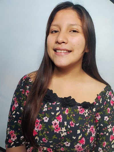Help Angie Denisse by becoming a child sponsor. Sponsoring a child is a rewarding and heartwarming experience.