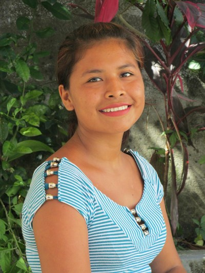 Ayude a Ericka Fernanda apadrinándole hoy. El apadrinamiento es una experiencia hermosa y gratificante.