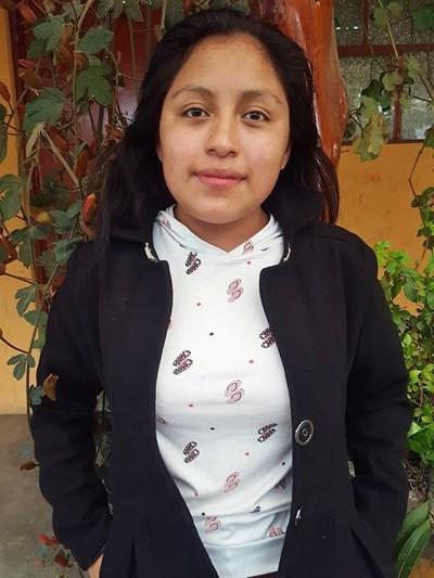Ayude a Brenda Leticia apadrinándole hoy. El apadrinamiento es una experiencia hermosa y gratificante.