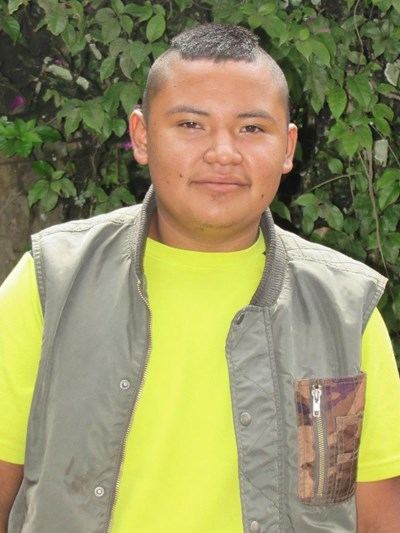 Help Oscar Leonel by becoming a child sponsor. Sponsoring a child is a rewarding and heartwarming experience.