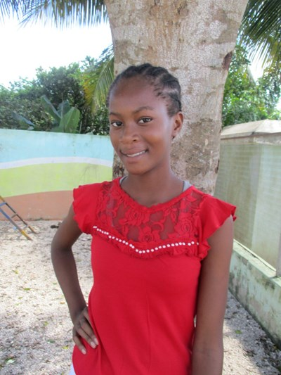 Help Maria Victoria by becoming a child sponsor. Sponsoring a child is a rewarding and heartwarming experience.