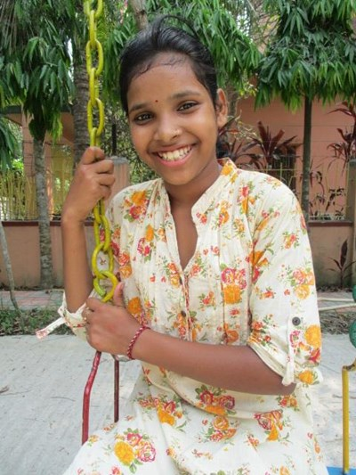 Help Debika by becoming a child sponsor. Sponsoring a child is a rewarding and heartwarming experience.