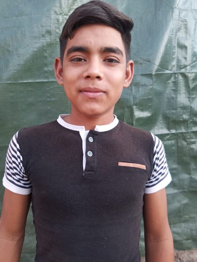 Help Marcelo by becoming a child sponsor. Sponsoring a child is a rewarding and heartwarming experience.