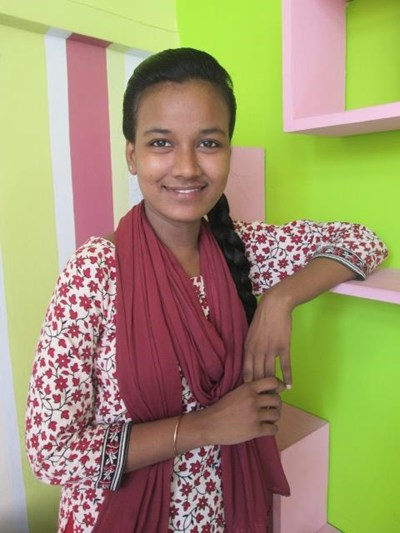 Help Mahnaz by becoming a child sponsor. Sponsoring a child is a rewarding and heartwarming experience.