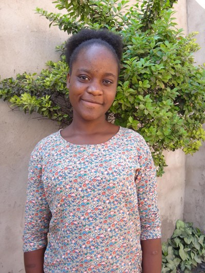 Help Deborah by becoming a child sponsor. Sponsoring a child is a rewarding and heartwarming experience.
