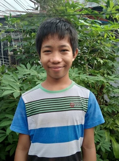 Help Kurt Viñas by becoming a child sponsor. Sponsoring a child is a rewarding and heartwarming experience.