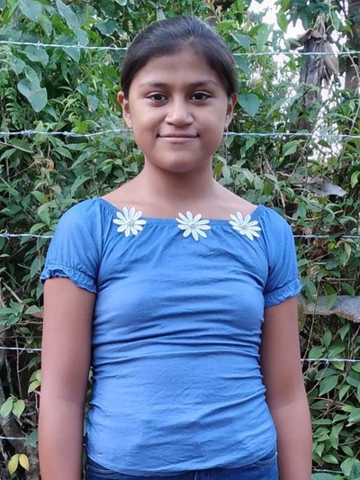 Help Josselin Rosibel by becoming a child sponsor. Sponsoring a child is a rewarding and heartwarming experience.
