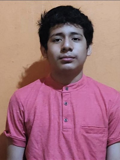 Help Gerald José by becoming a child sponsor. Sponsoring a child is a rewarding and heartwarming experience.
