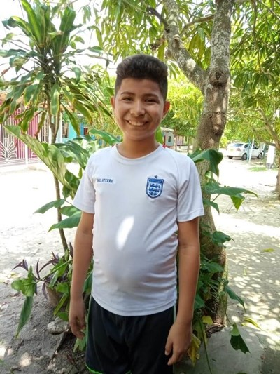 Help Aaron David by becoming a child sponsor. Sponsoring a child is a rewarding and heartwarming experience.