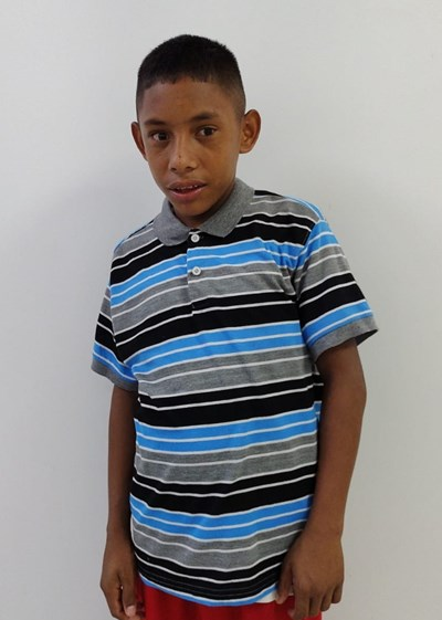 Help Darlinson De Jesus by becoming a child sponsor. Sponsoring a child is a rewarding and heartwarming experience.