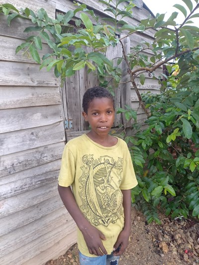 Help Cristofer by becoming a child sponsor. Sponsoring a child is a rewarding and heartwarming experience.