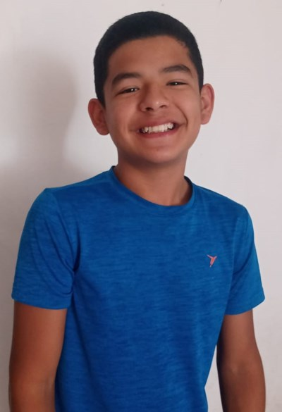 Help Juan Ángel by becoming a child sponsor. Sponsoring a child is a rewarding and heartwarming experience.