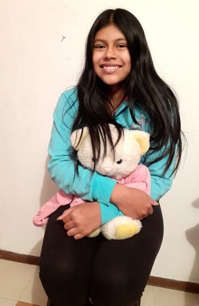Help Emily Dayana by becoming a child sponsor. Sponsoring a child is a rewarding and heartwarming experience.