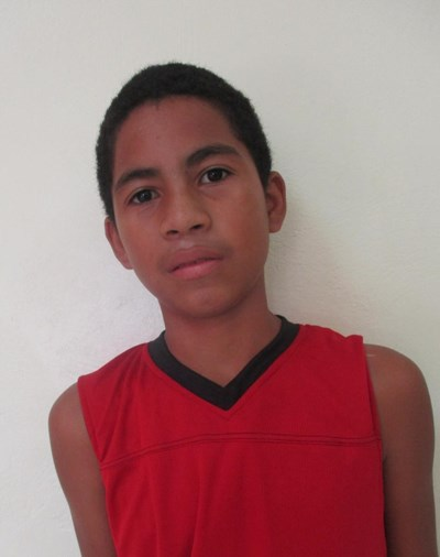 Help Henrri by becoming a child sponsor. Sponsoring a child is a rewarding and heartwarming experience.