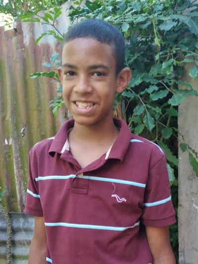 Help Leny Rafael by becoming a child sponsor. Sponsoring a child is a rewarding and heartwarming experience.