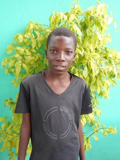 Help Yudah by becoming a child sponsor. Sponsoring a child is a rewarding and heartwarming experience.