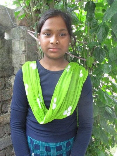 Help Anisa by becoming a child sponsor. Sponsoring a child is a rewarding and heartwarming experience.