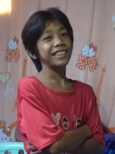 Help Marc Justine S. by becoming a child sponsor. Sponsoring a child is a rewarding and heartwarming experience.