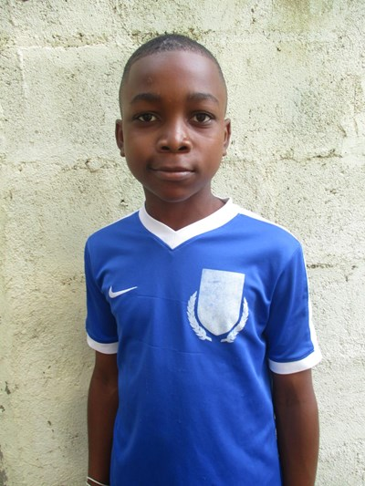 Help Luis Abraham by becoming a child sponsor. Sponsoring a child is a rewarding and heartwarming experience.