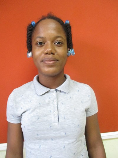Help Esmeily by becoming a child sponsor. Sponsoring a child is a rewarding and heartwarming experience.