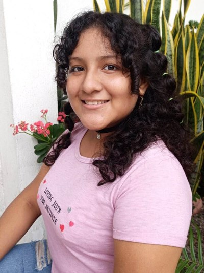 Help Juana Scarleth by becoming a child sponsor. Sponsoring a child is a rewarding and heartwarming experience.