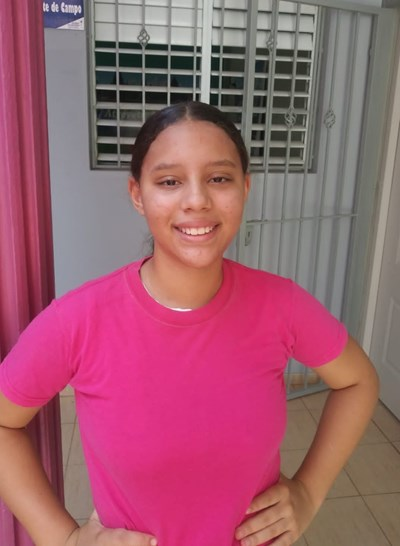 Help Iandia María by becoming a child sponsor. Sponsoring a child is a rewarding and heartwarming experience.