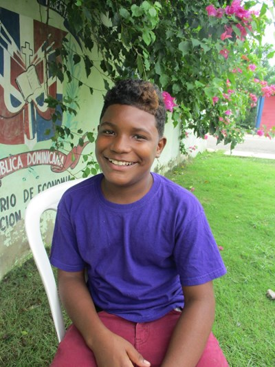 Help Daylin Johancell by becoming a child sponsor. Sponsoring a child is a rewarding and heartwarming experience.