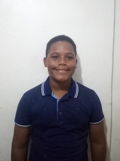 Help Justin Alexis by becoming a child sponsor. Sponsoring a child is a rewarding and heartwarming experience.