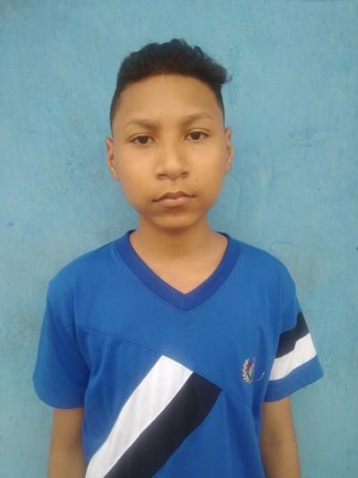 Help Jefferson Jair by becoming a child sponsor. Sponsoring a child is a rewarding and heartwarming experience.