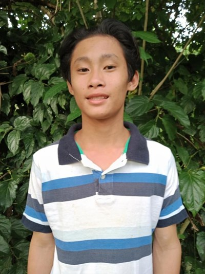 Help Ray Gen M. by becoming a child sponsor. Sponsoring a child is a rewarding and heartwarming experience.