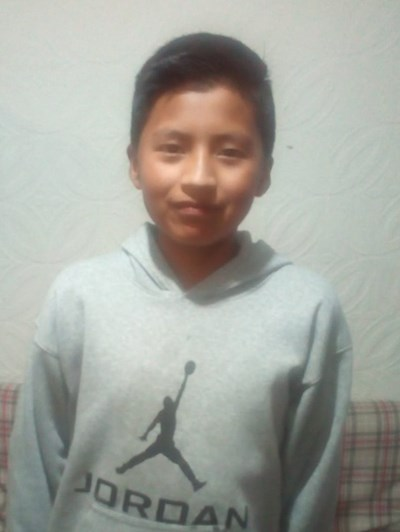 Help Elvis Ariel by becoming a child sponsor. Sponsoring a child is a rewarding and heartwarming experience.