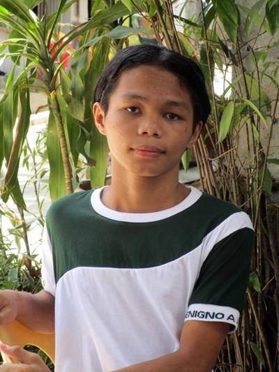 Help Anthony E. by becoming a child sponsor. Sponsoring a child is a rewarding and heartwarming experience.
