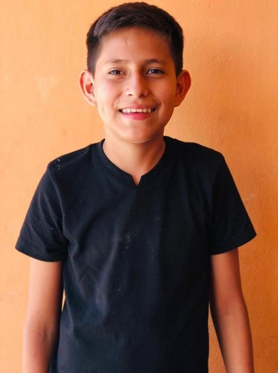 Help Alex Daniel by becoming a child sponsor. Sponsoring a child is a rewarding and heartwarming experience.