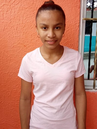 Help Mishel Carolina by becoming a child sponsor. Sponsoring a child is a rewarding and heartwarming experience.