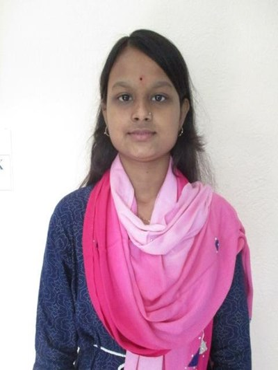 Ayude a Madhumita apadrinándole hoy. El apadrinamiento es una experiencia hermosa y gratificante.