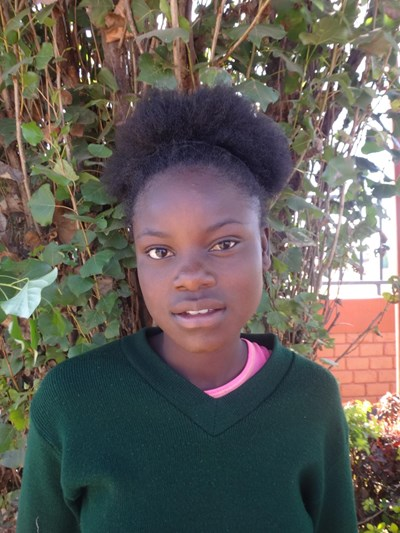 Help Elinas by becoming a child sponsor. Sponsoring a child is a rewarding and heartwarming experience.