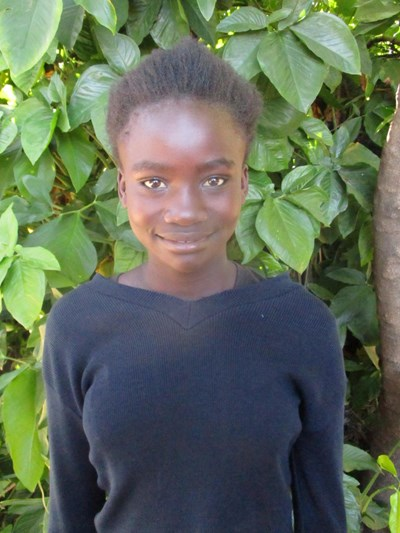 Help Karen by becoming a child sponsor. Sponsoring a child is a rewarding and heartwarming experience.
