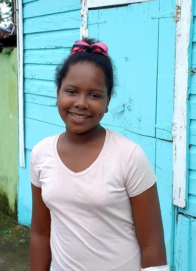 Help Julia by becoming a child sponsor. Sponsoring a child is a rewarding and heartwarming experience.