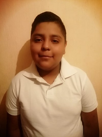 Help Jonnathan Yahir by becoming a child sponsor. Sponsoring a child is a rewarding and heartwarming experience.