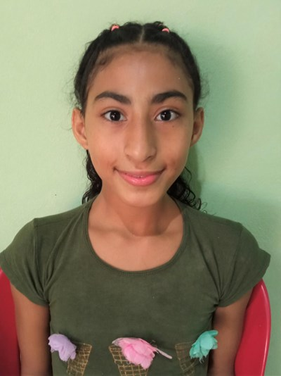 Help Aileen Litzie by becoming a child sponsor. Sponsoring a child is a rewarding and heartwarming experience.