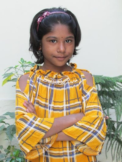 Help Chandini by becoming a child sponsor. Sponsoring a child is a rewarding and heartwarming experience.